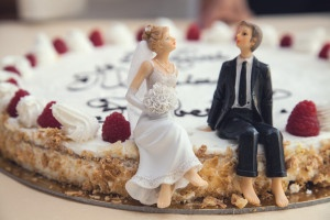 ways to save on wedding expenses