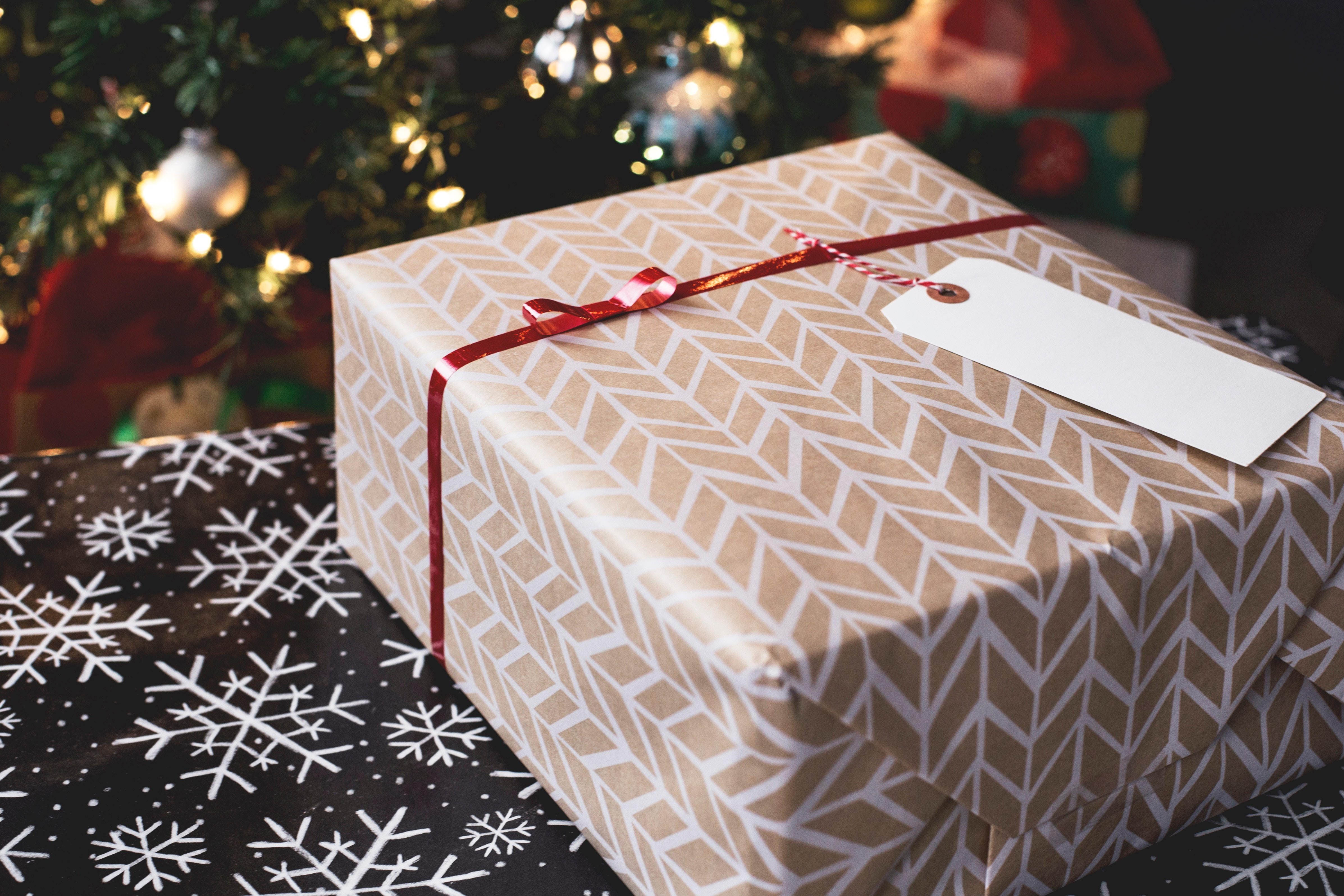 Shop Local and Save Money Holiday Shopping